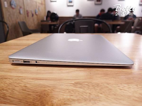 20171205蘋果電腦+筆電包 (4).jpg