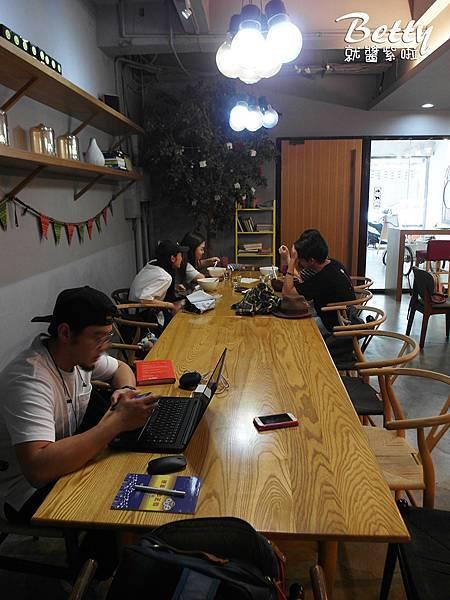 20180421門廊咖啡 (17).jpg