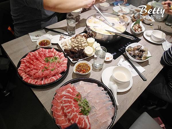 20190129粵式豬肚雞煲鍋 (45).jpg
