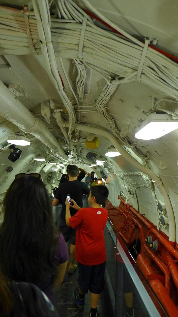 核子潛艇內部