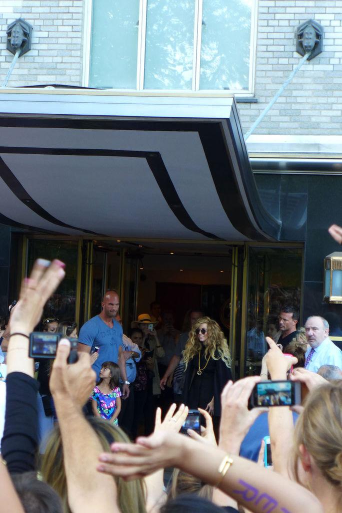 竟然是Lady Gaga!!!