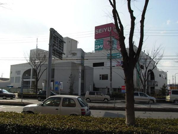 學校附近的超市