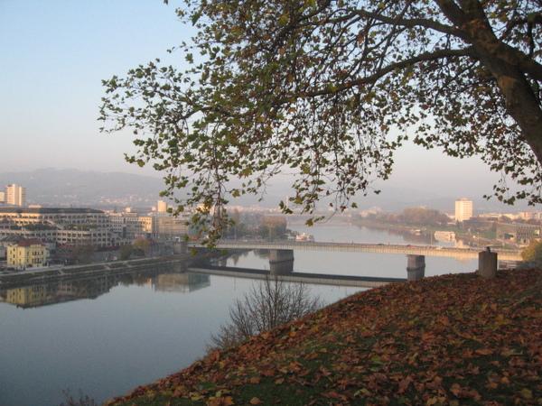 多瑙河和尼伯龍根橋