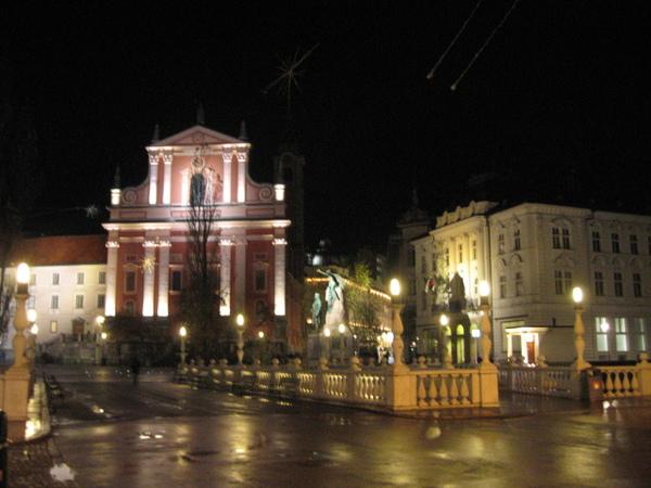 盧比安那舊城區的主要廣場