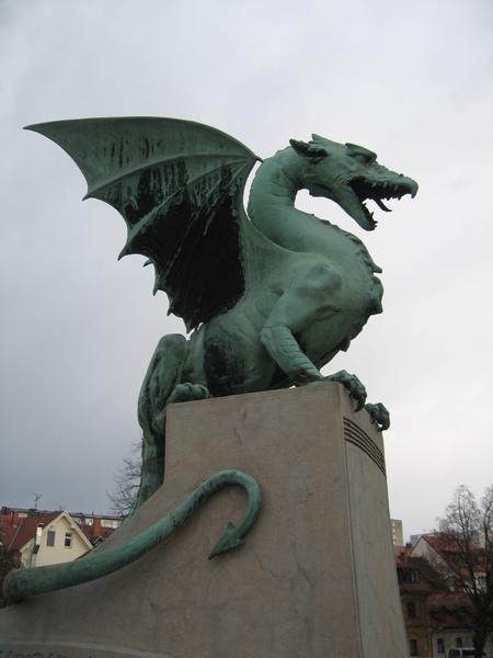 盧比安那的代表-龍