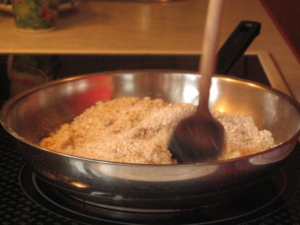 炒燕麥和核桃粉
