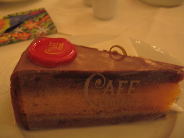 中央咖啡館招牌蛋糕