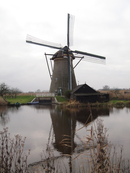 是荷蘭最早用風車來抽水的地方
