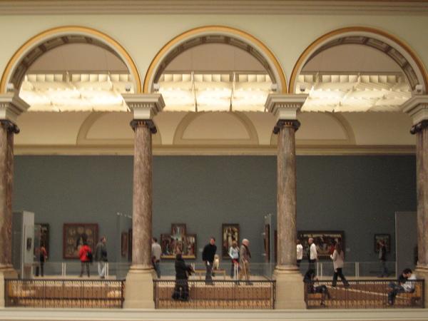美術館內部