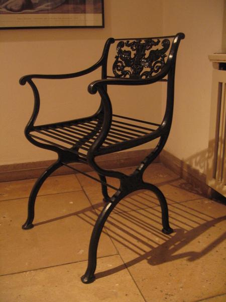 畢卡索展示館的椅子