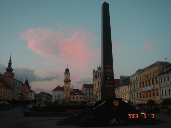 Banska Bystrica的廣場與紀念碑.JPG