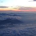 IMG_2175 日出前的雲海.JPG