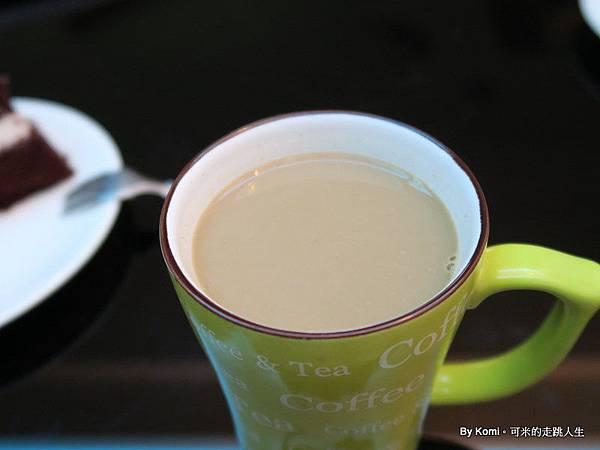 ✫飲品✫蜜蜂工坊-蜂蜜拿鐵,用蜂蜜取代糖的頂級體驗,高級下午茶來了!!!