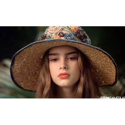 hatgirl5.JPG