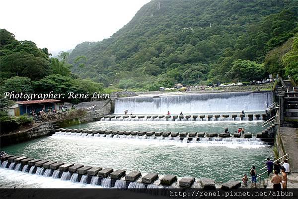 spring_waterfall1