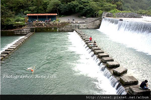 spring_waterfall2