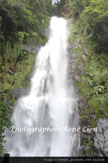 spring_waterfall3