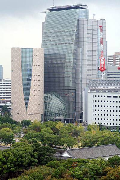 從大阪城頂眺望NHK大樓