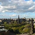 愛丁堡~美到不需構圖,好喜歡這種綿綿的雲