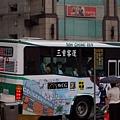 開走中的公車