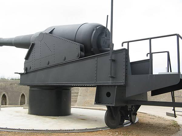 仿製的古砲,原砲已不知去向