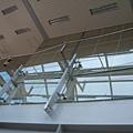 頭前庄站出口1無障礙坡道玻璃隔板