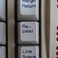 鍵盤上的 Repeat 鍵