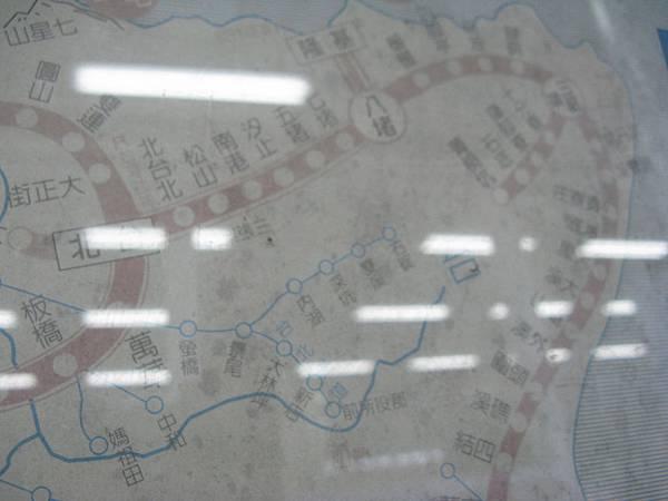 內湖、深坑、雙溪和石碇以前都是有鐵路的