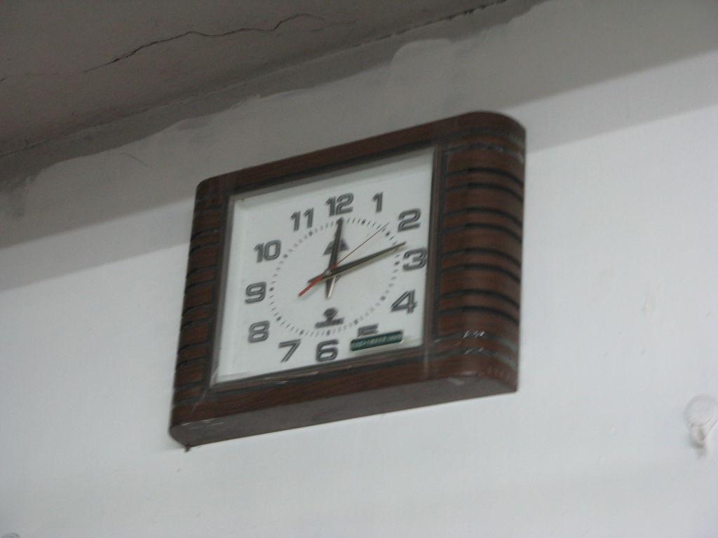 店裡的老時鐘