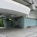千甲車站的天燈造型柱子
