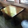 竹林車站展示用的車廂內的桌椅
