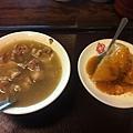 郭家肉粽,點了豬腳湯+肉粽