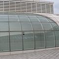台北小巨蛋站的透明採光罩