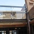 林百貨屋頂的彈孔