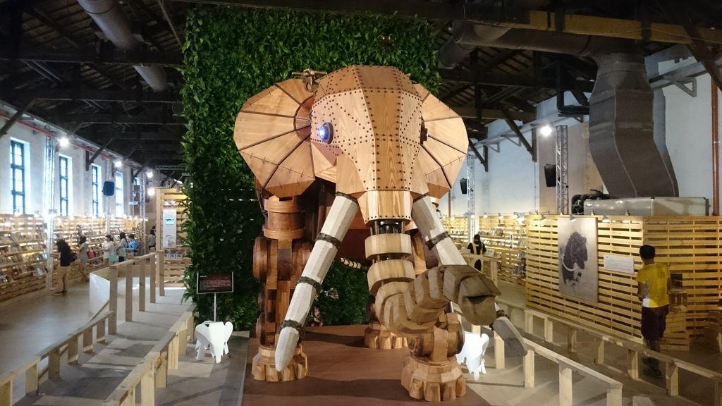 諾亞方舟的大象