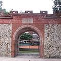 屏東市中山公園內的朝陽門