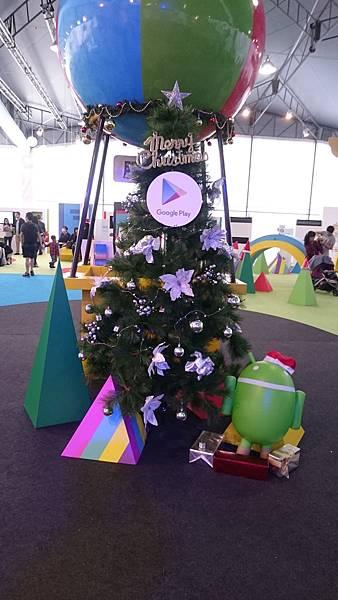 20151201 Xmas Tree #3: Google Play 遊樂園內