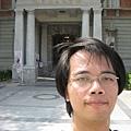 台灣文學館前自拍 2