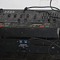 地上的播音專業設備