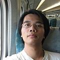 高鐵上自拍 3