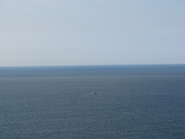 遠方的小船