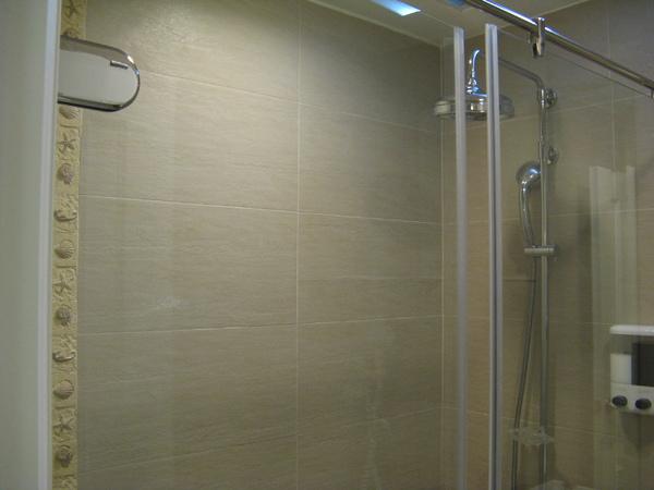透明淋浴間