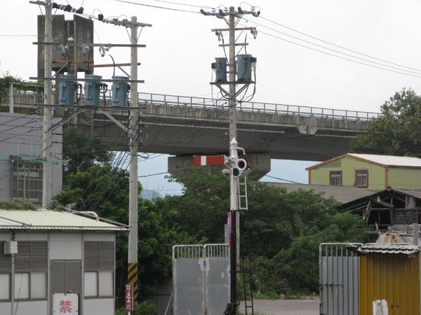 竹東站臂木式號誌機