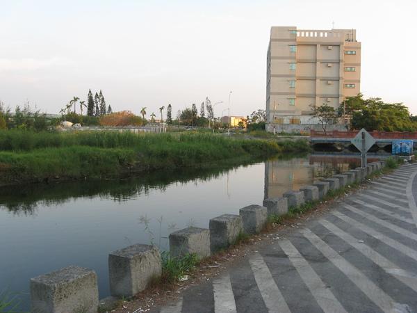 古運河?!