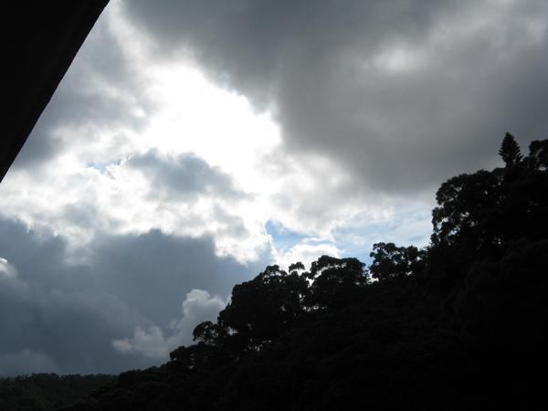 古莊的天空似乎要變天了 2