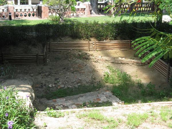 考古試掘中的現場 1