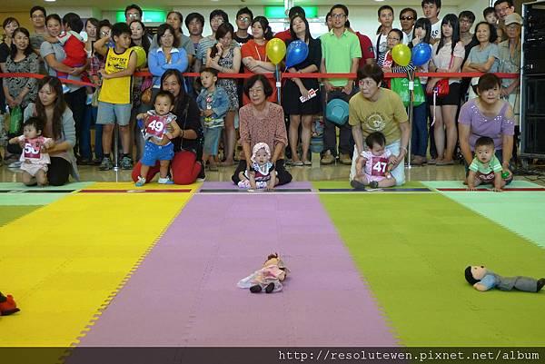 20120916-新光三越寶寶爬行比賽64