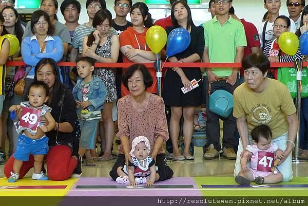 20120916-新光三越寶寶爬行比賽72