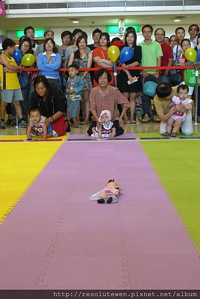 20120916-新光三越寶寶爬行比賽65