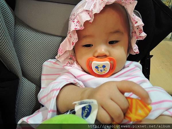20120916-新光三越寶寶爬行比賽44